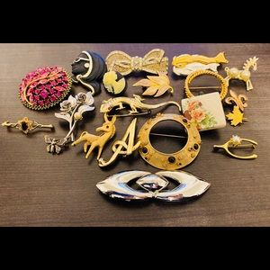 20 brooches for the price of one